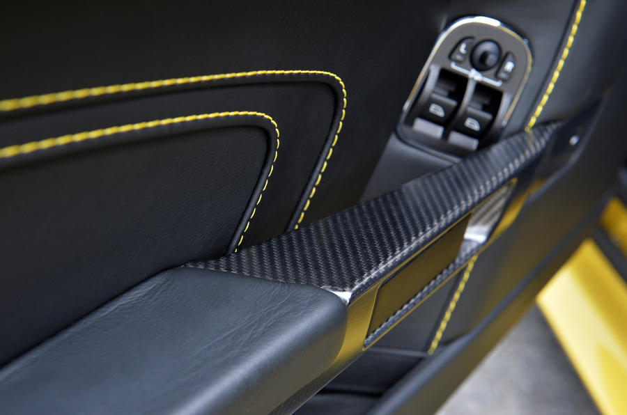 Aston Martin V12 Vantage S doorcard