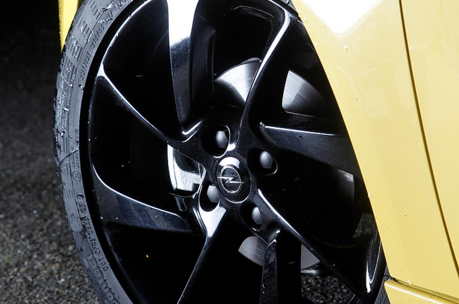 17in Vauxhall Adam black alloys