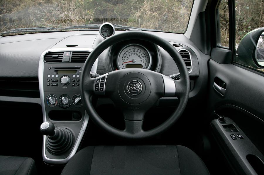 Vauxhall Agila dashboard