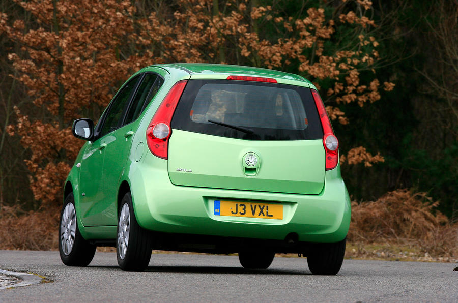 Vauxhall Agila rear cornering