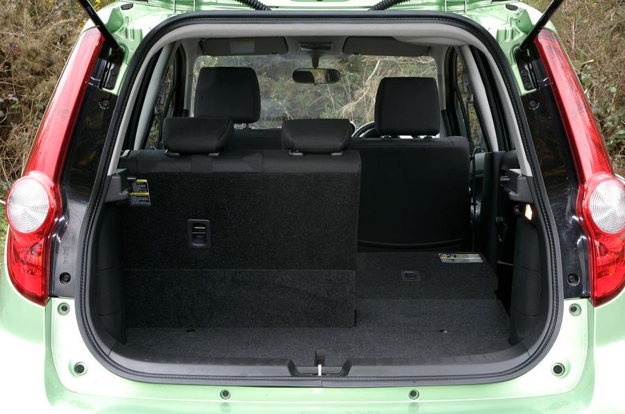Vauxhall Agila boot space