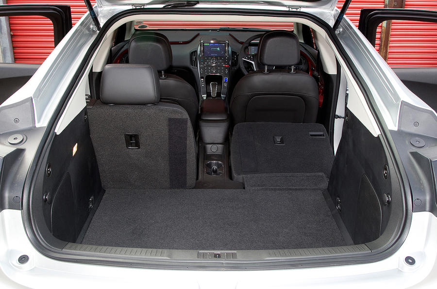 Vauxhall Ampera boot space
