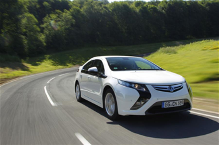 Opel confirms Ampera price