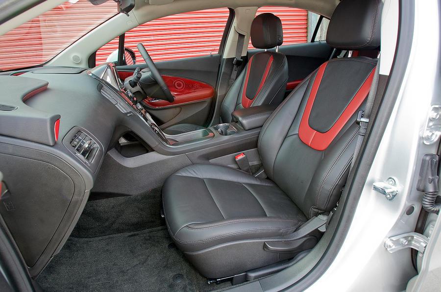 Vauxhall Ampera interior