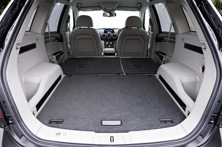Vauxhall Antara boot space