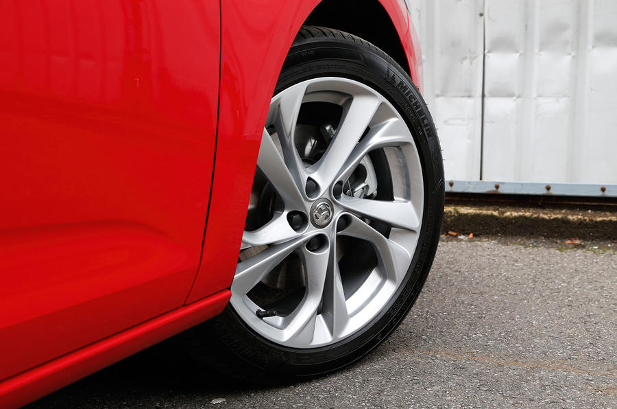 17in Vauxhall Astra alloy wheels