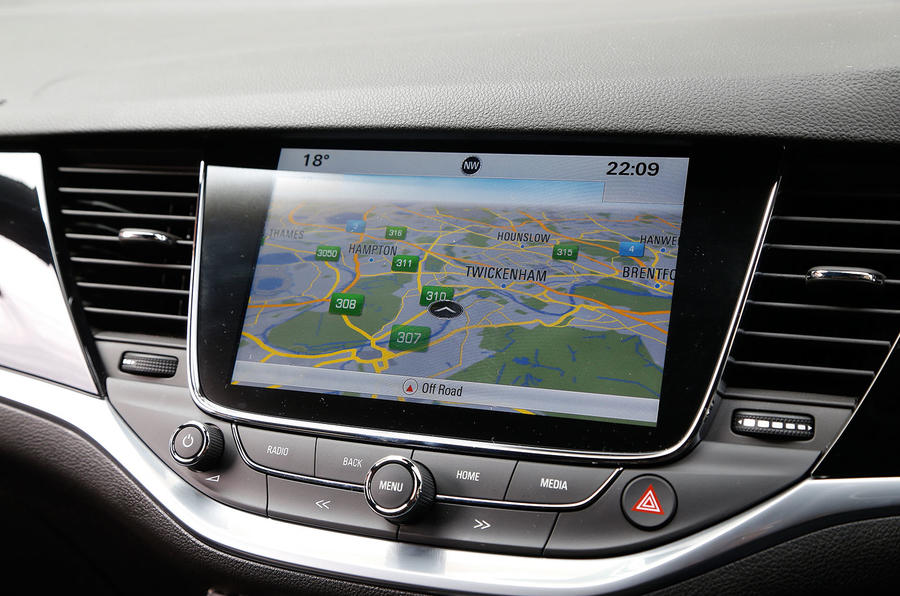 Vauxhall Astra infotainment system