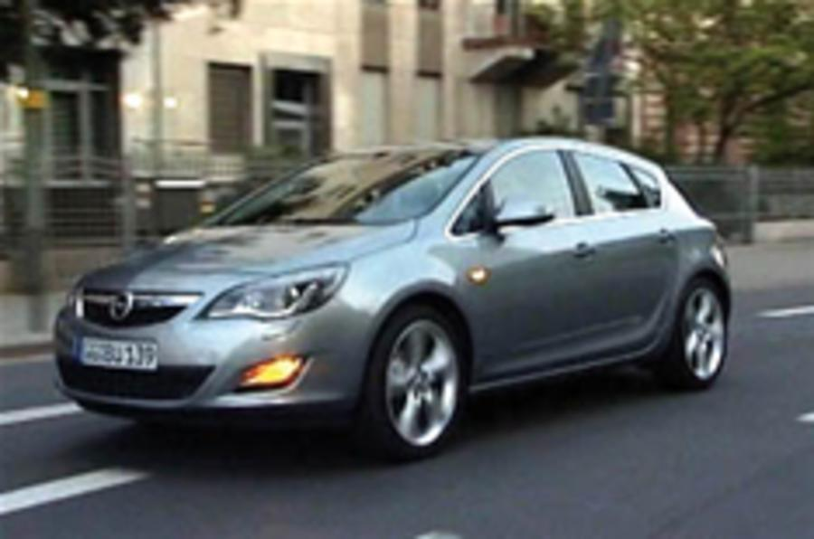 New Vauxhall Astra on video