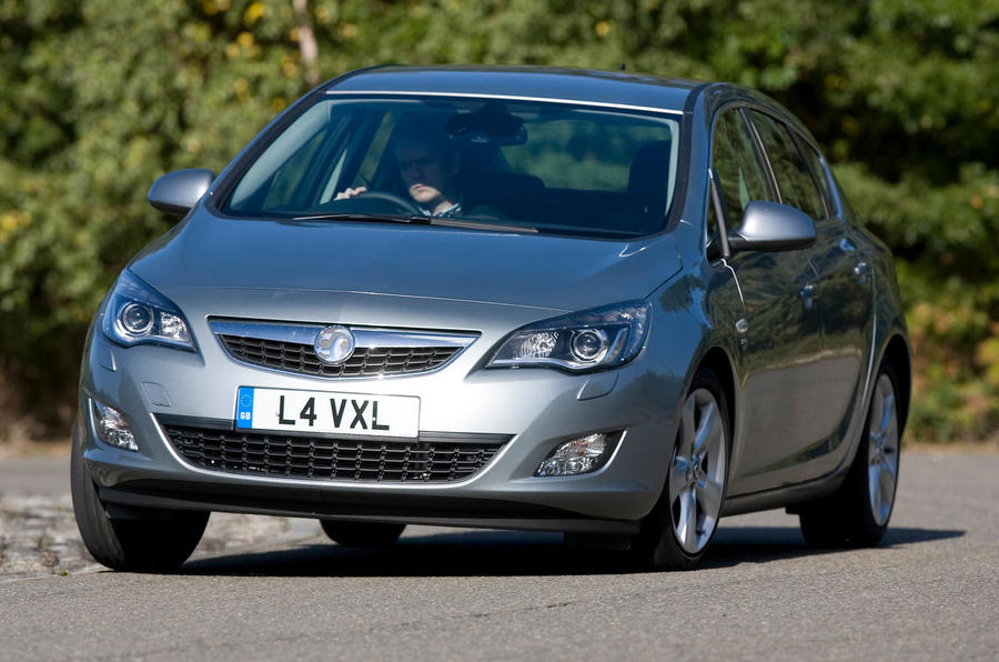Vauxhall Astra cornering