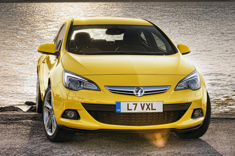 Vauxhall Astra GTC revealed