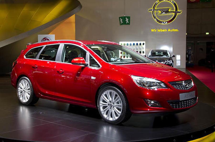 Paris motor show: Vauxhall Astra ST