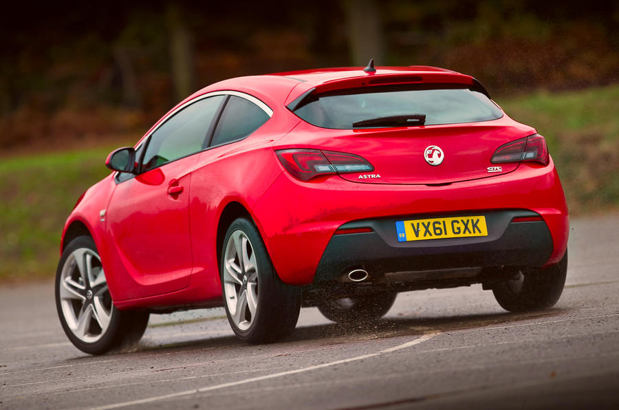 vauxhall astra gtc review 2016 autocar. Black Bedroom Furniture Sets. Home Design Ideas
