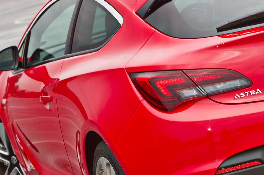 Vauxhall Astra GTC tailights