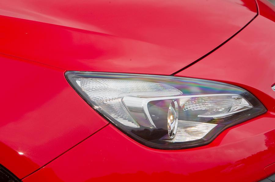Vauxhall Astra GTC headlight