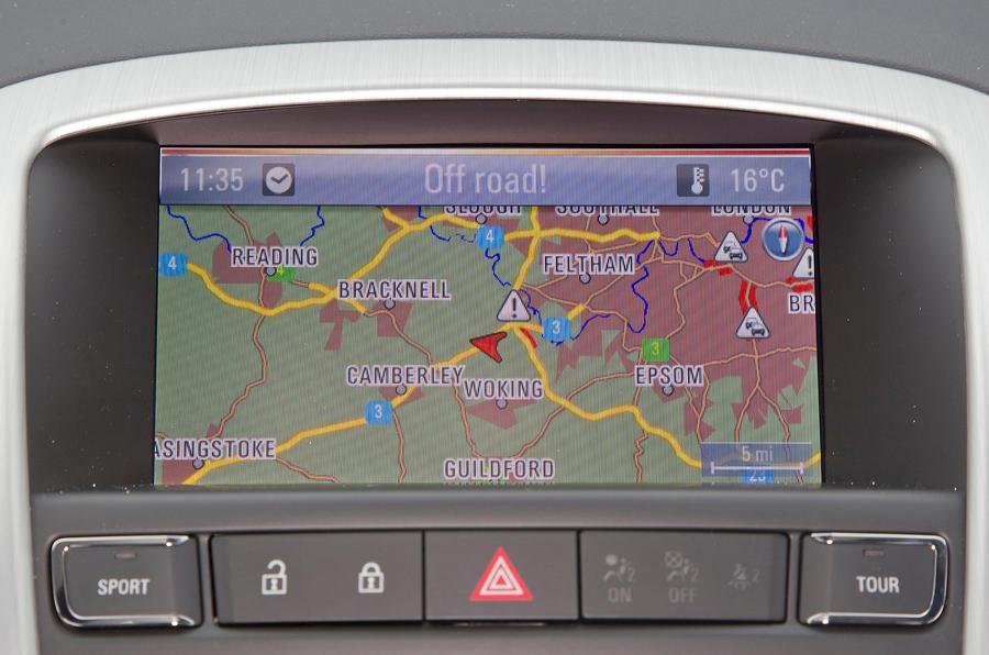 Vauxhall Astra GTC infotainment