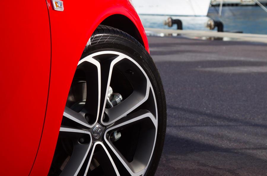 17in Vauxhall Astra GTC alloys