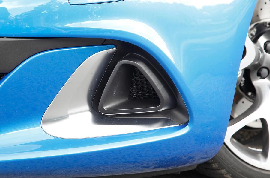 Vauxhall GTC VXR air intake