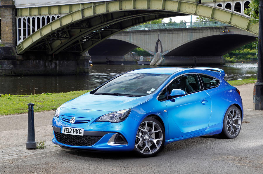 vauxhall astra gtc vxr review 2017 autocar. Black Bedroom Furniture Sets. Home Design Ideas