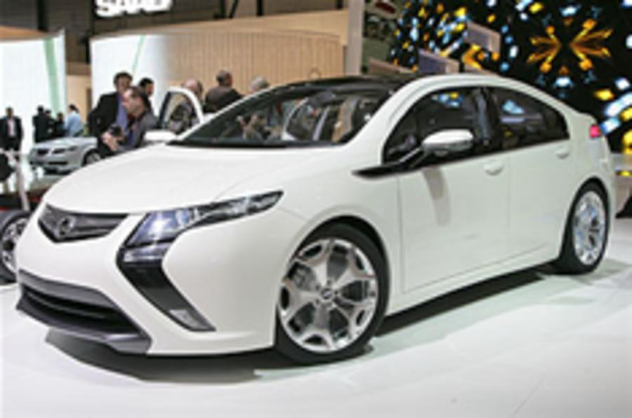 Ampera could cost £24,500