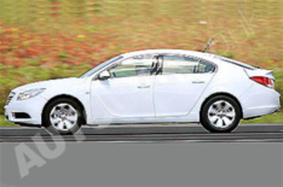 Spied: Vauxhall Insignia hatch