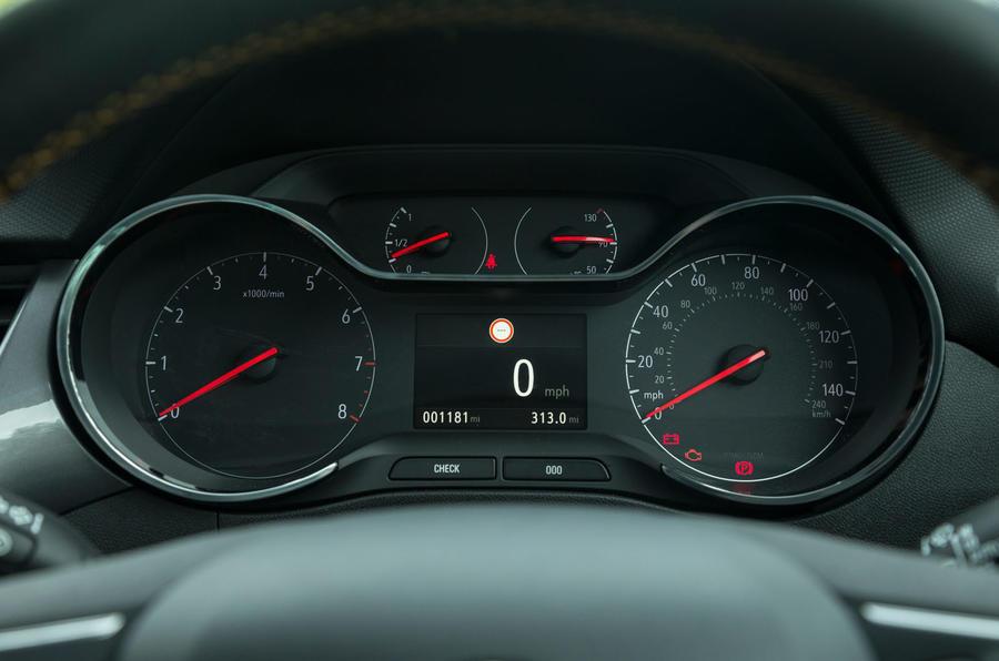 Vauxhall Crossland X instrument cluster