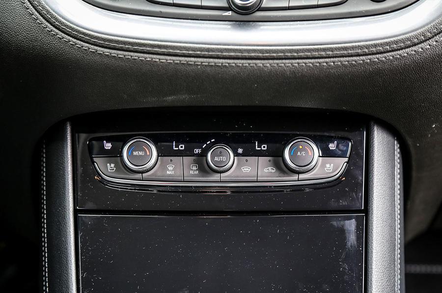 Vauxhall Grandland X climate controls