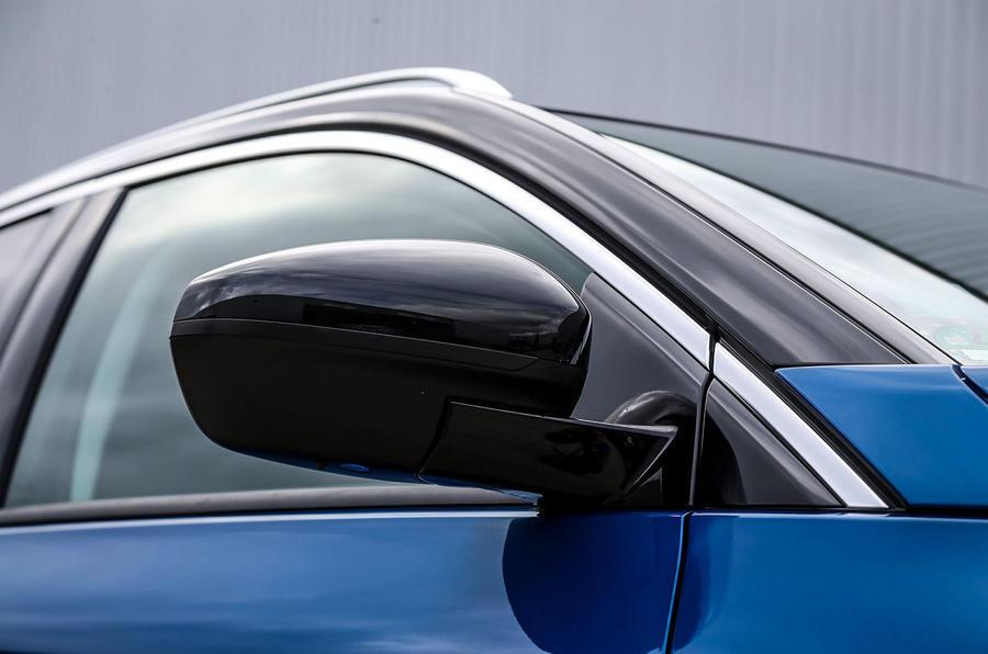 Vauxhall Grandland X wing mirrors