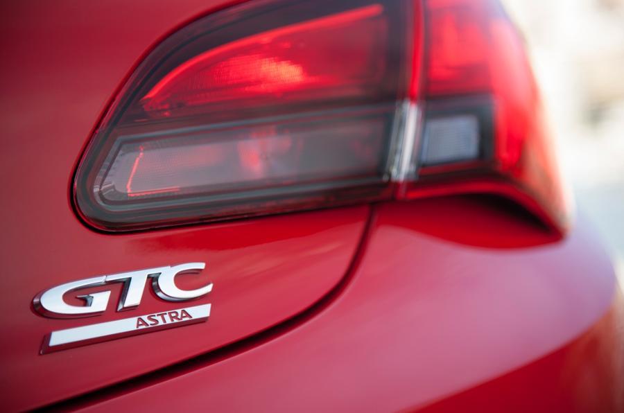 Vauxhall GTC badging