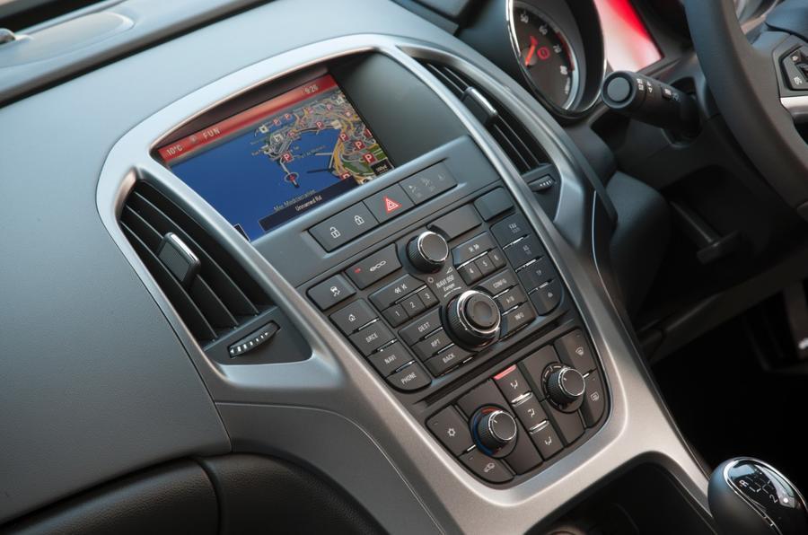 Vauxhall GTC centre console