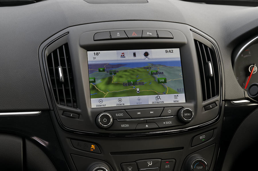 Vauxhall Insignia Intellink infotainment screen