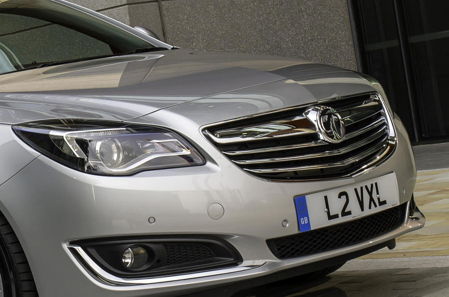 Vauxhall Insignia front grille