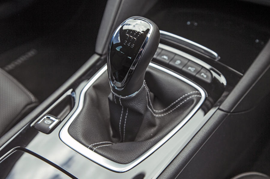 Vauxhall Insignia Grand Sport manual gearbox