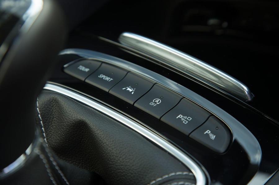 Vauxhall Insignia Grand Sport switchgear