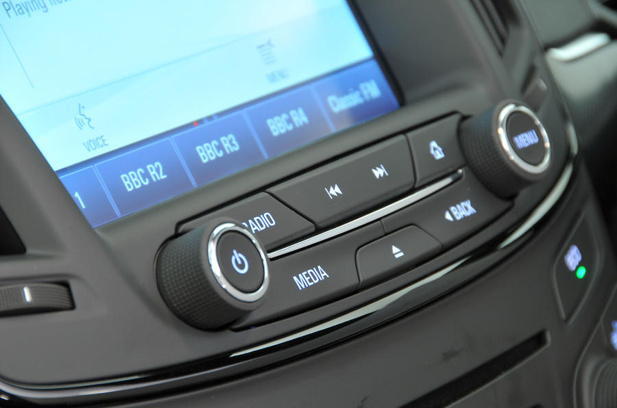 Vauxhall Insignia infotainment controls