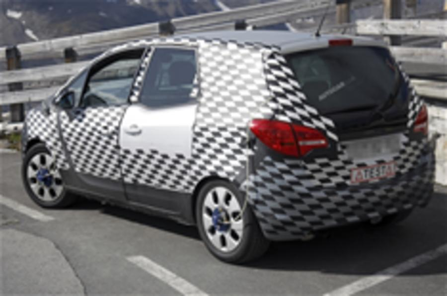 New Vauxhall Meriva spied