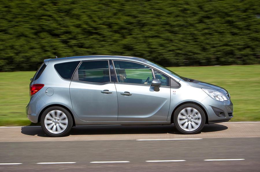 Vauxhall Meriva side profile