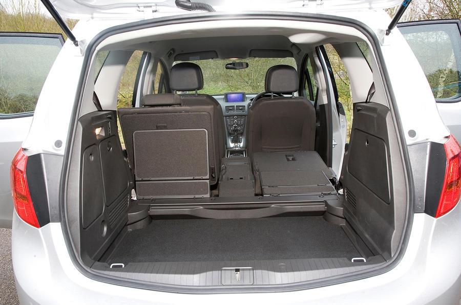 Vauxhall Meriva boot space