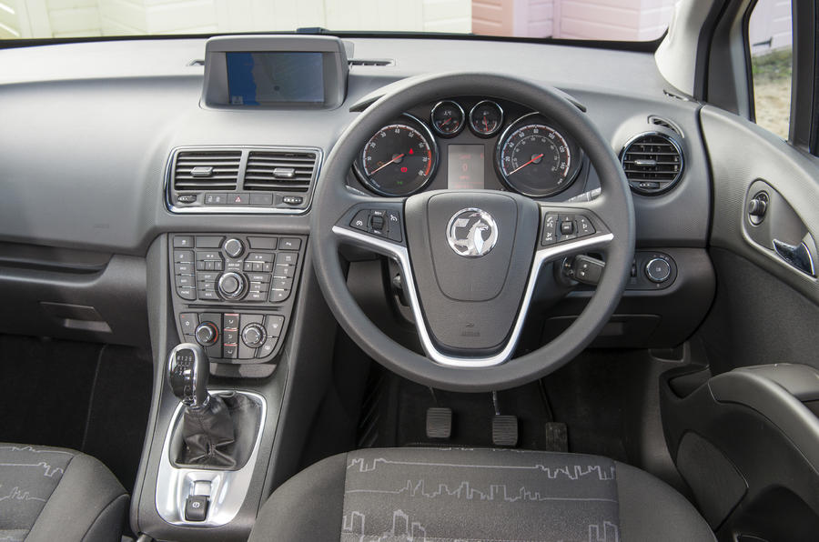 Vauxhall meriva review 2018 autocar vauxhall meriva dashboard sciox Image collections