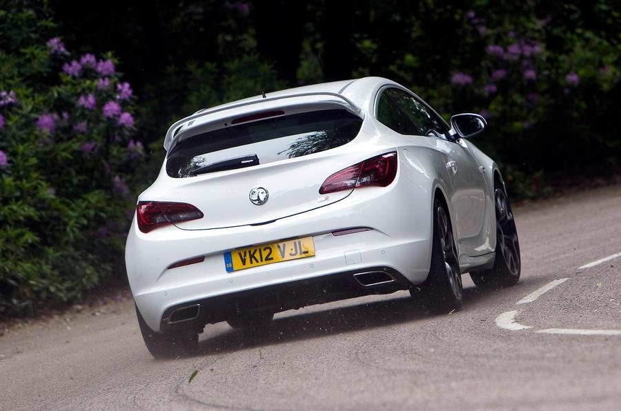 Vauxhall Astra GTC VXR rear