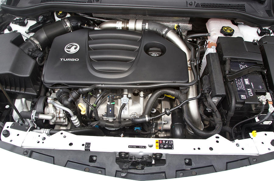 2.0-litre Vauxhall Astra GTC VXR engine
