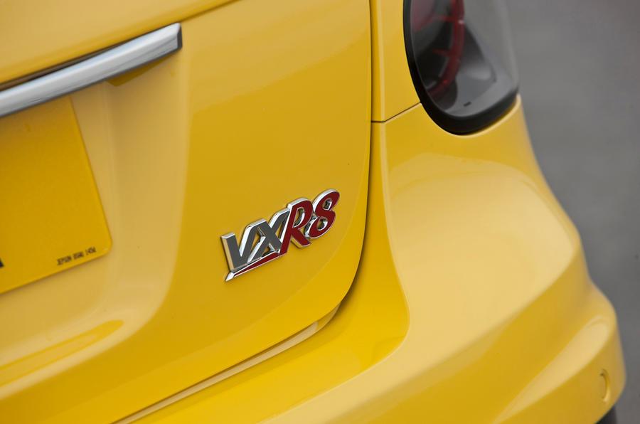 Vauxhall VXR8 badging
