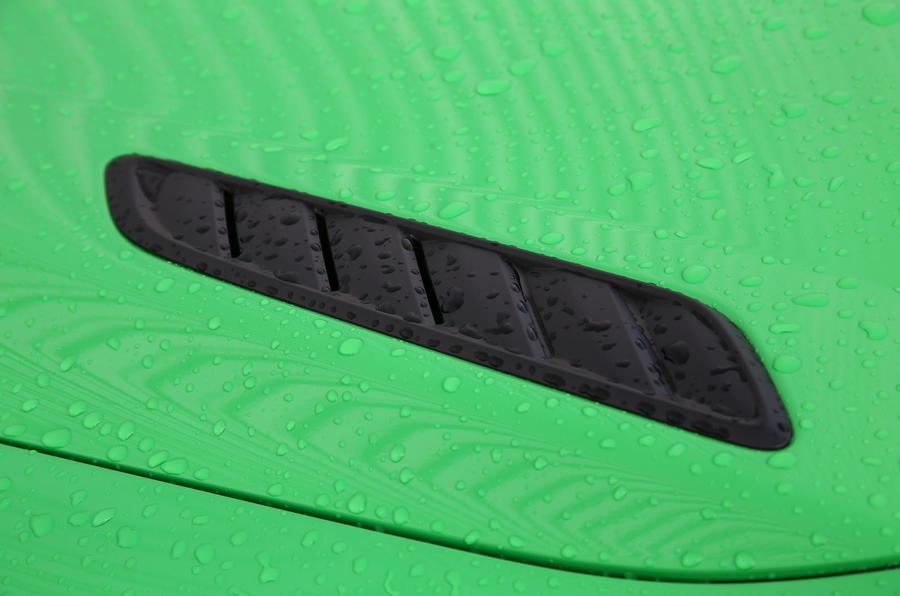 Vauxhall VXR8 GTS-R bonnet louvres