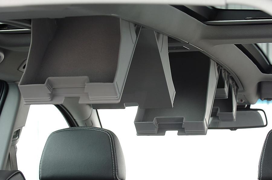 Vauxhall Zafira cabin storage spaces
