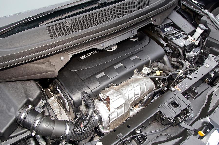 Vauxhall Zafira Tourer engine bay