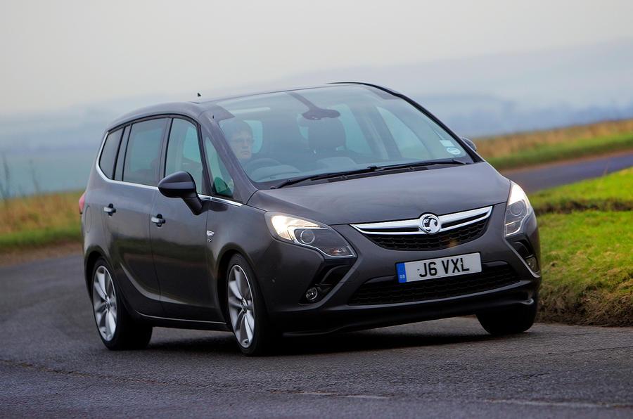 Vauxhall Zafira Tourer cornering