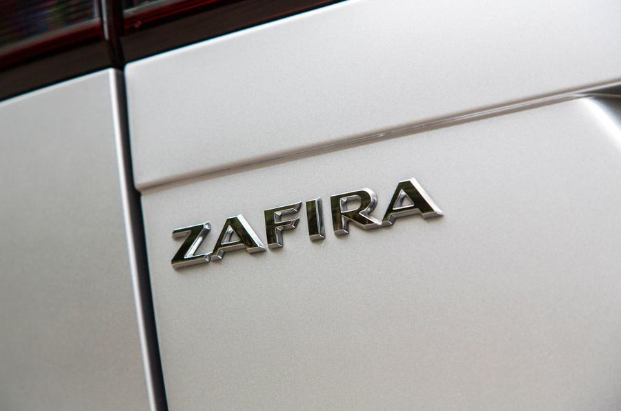 Vauxhall Zafira Tourer badging