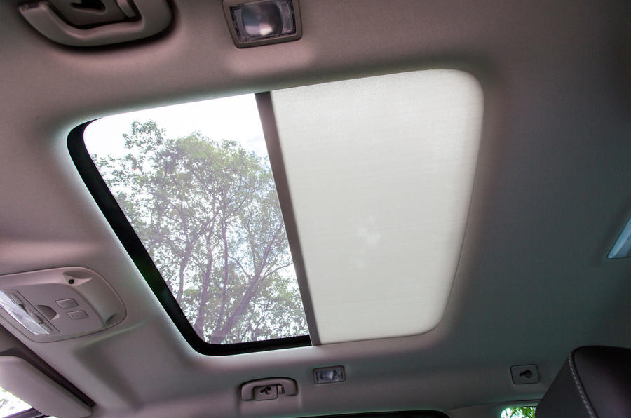 Vauxhall Zafira Tourer sunroof