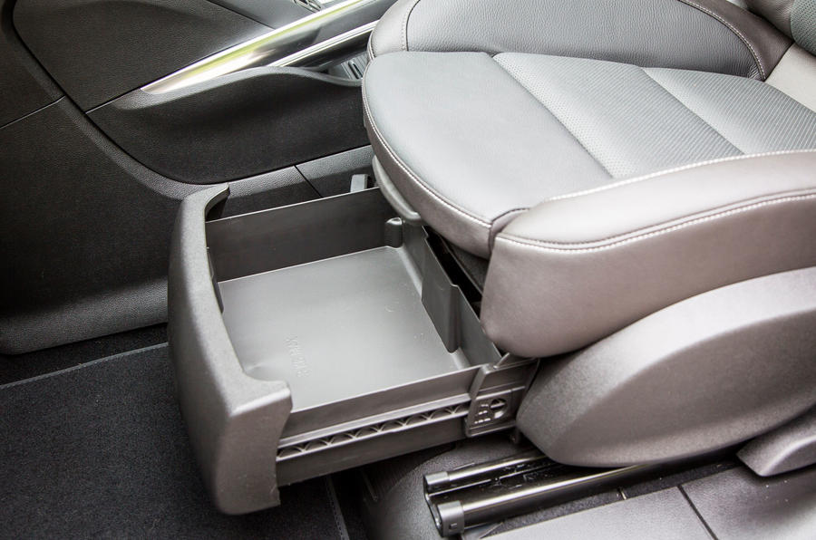 Vauxhall Zafira Tourer under seat storage