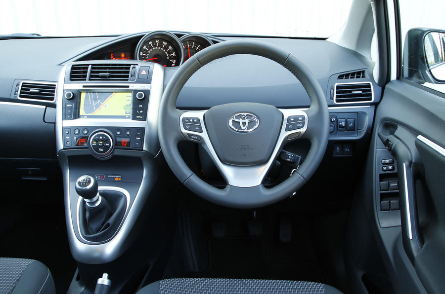 2014 Toyota Verso Uk First Drive