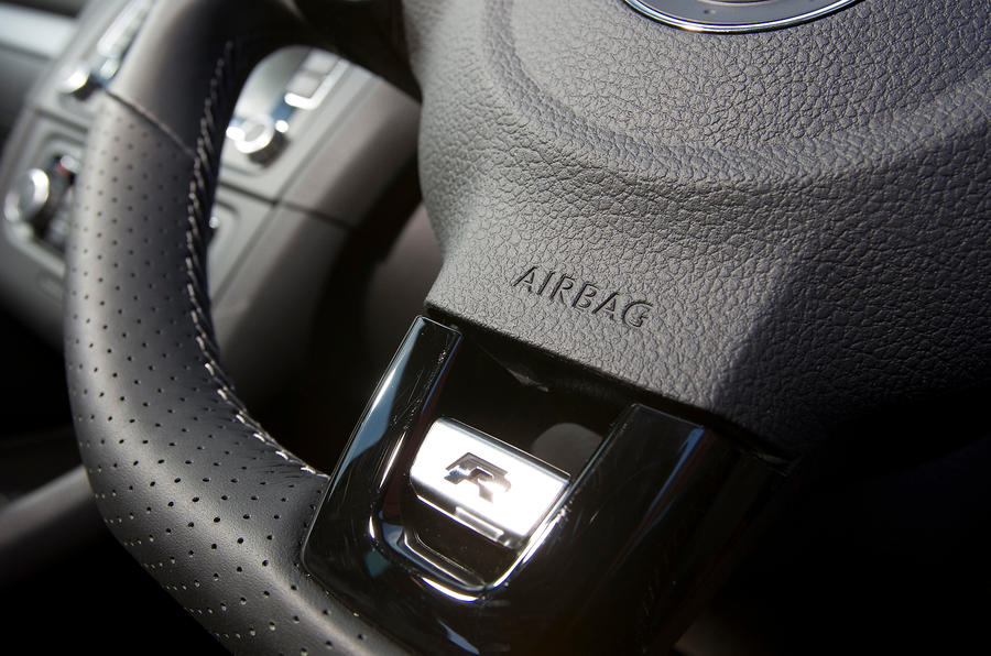 Volkswagen R badging